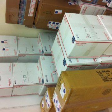 Caixas e mais caixas saindo todos os dias